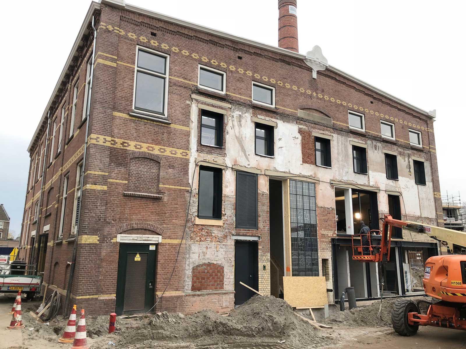 Renovatie en transformatie monument De Wasserij Defensie-Eiland Woerden naar woongebouw en horeca