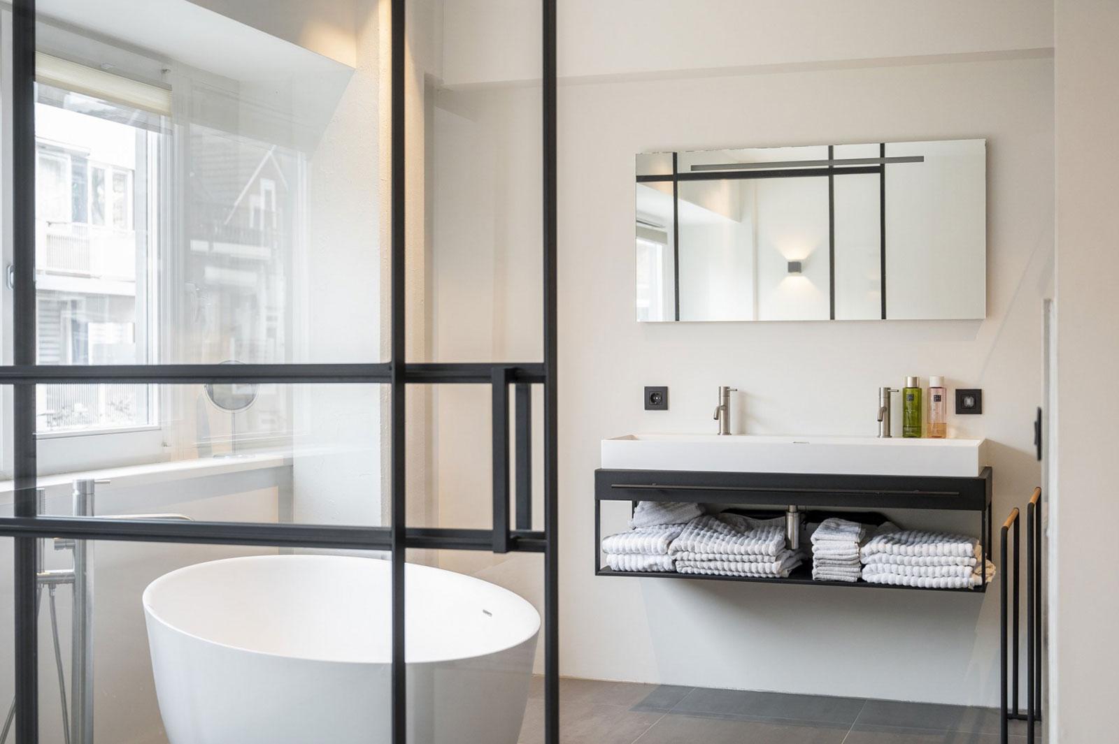 interieur badkamer - transformatie kantoor loftwoningen Noordsingel Rotterdam